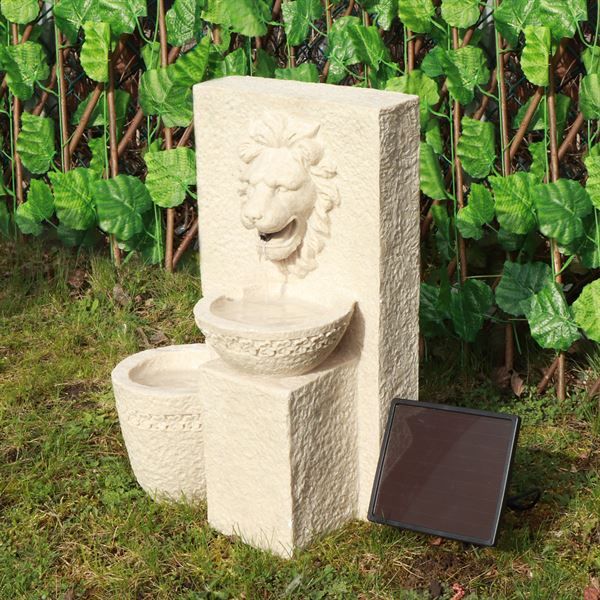 Solar Lion Head Water Feature